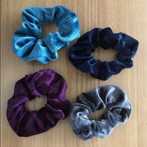 4 retro velvet scrunchies